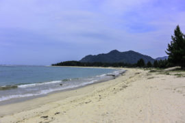 Sumatra Aceh - Surf Beach at Lhokgna