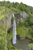 Bridal Falls near Raglan, New Zealand - Layback Travel