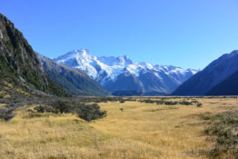 Mount Cook, New Zealand - Layback Travel