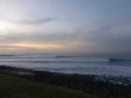 Manu Bay Surf @ Raglan, New Zealand - Layback Travel