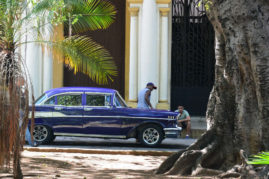 Oldtimer Car in Havana, Cuba - Layback Trave